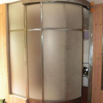 Porte de douche cintrée
